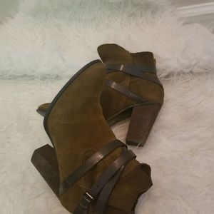 Womens brown suede ankle boots by Carlos Santana
